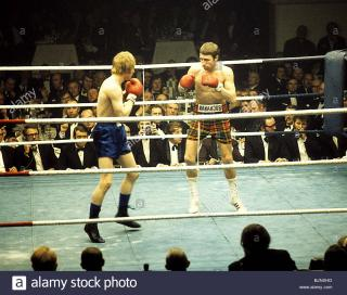 Jim Watt vs Ken Buchanan