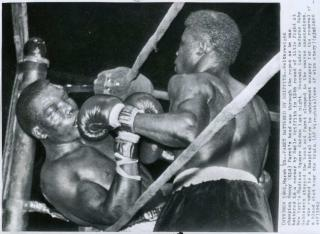 who killed benny paret Who killed benny paret - analysis essay 970 words nov 27th, 2011 4 pages  millions of people worldwide take part as spectators to the sport of prize fighting: .