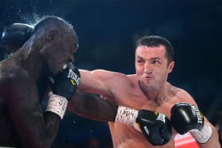 Denis Lebedev vs Lateef Kayode