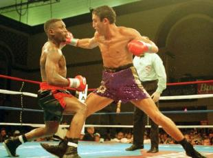 Pernell Whitaker vs. Gary Jacobs